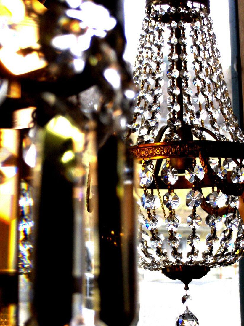 antike lampen in neuem glanz. Black Bedroom Furniture Sets. Home Design Ideas
